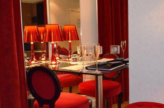 Hotel Design Secret de Paris: номер OPÉRA GARNIER