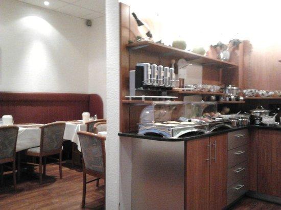 Hotel Lumen: Breakfast area