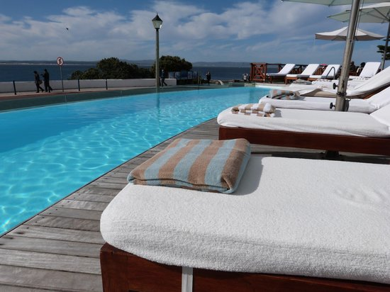 Harbour House Hotel: Pool with ready prepared towels!