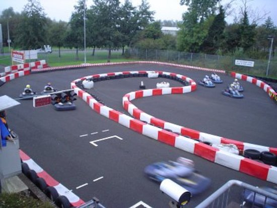 Raceview Karting: Outdooor Track