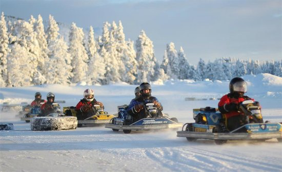 Ruka Adventures Day Tours