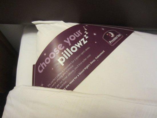 Premier Inn Edinburgh City Centre (Princes Street) Hotel: Possibilités de choisir deux types d'oreillers