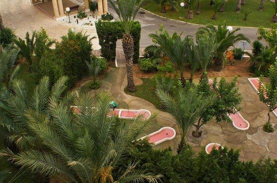 SENTIDO Aziza Beach Golf & Spa: View (down) from my room.