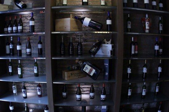 La Laia: Muy buena carta de vinos