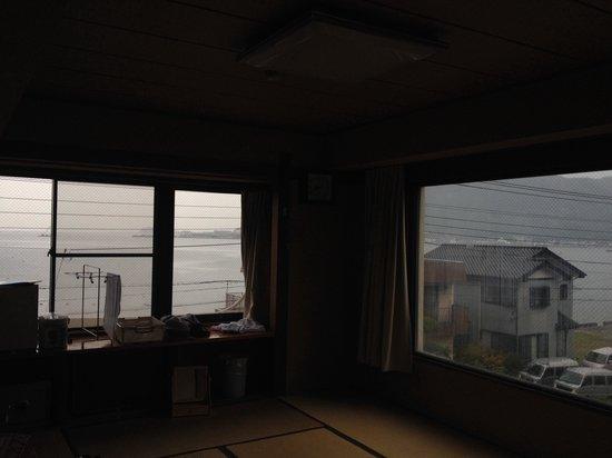 Miharuso: オーシャンビューのお部屋。あいにく雨でしたが、晴れてれば素晴らしいながめです!