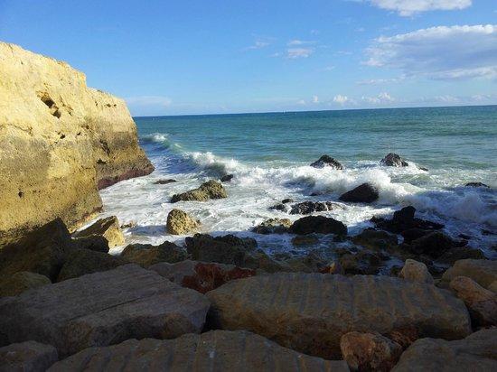 Monica Isabel Beach Club : Cliff area