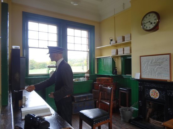 East Anglian Railway Museum: Ticket Office
