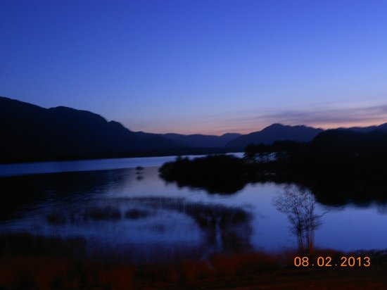 Lake Hotel: the lake in the evening