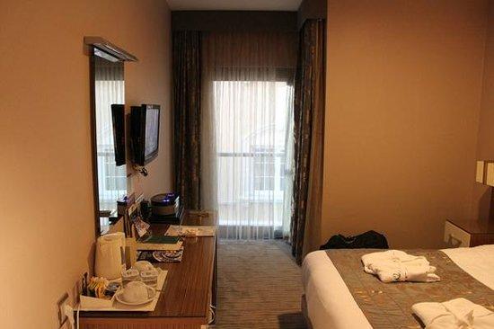 Yasmak Comfort Hotel: Quarto 5212
