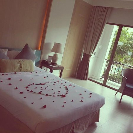 Sawaddi Patong Resort & Spa : Our honeymoon Room