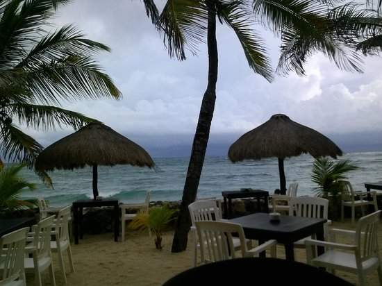 La Lunita: View from our table