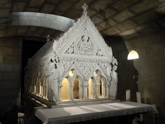 Abbey of Echternach : tomb
