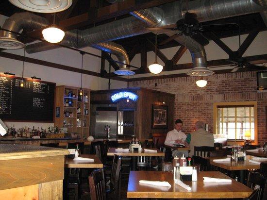 Jim & Nicks BBQ : Bar Area