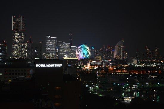 Hotel New Grand: 客室から撮影したみなとみらいの夜景