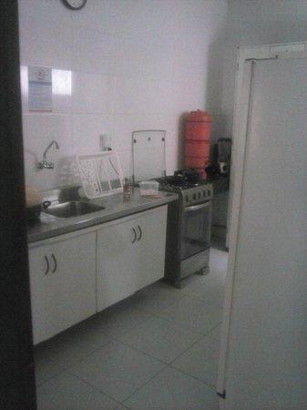 Aju Hostel e Pousada: Cozinha