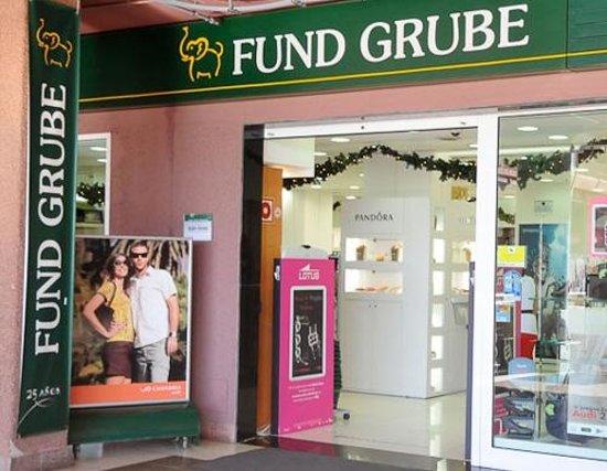 344a545cc5 Los cupones un engaño - Opiniones de viajeros sobre Fund Grube Yumbo,  Maspalomas - TripAdvisor