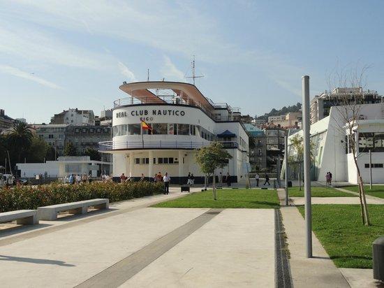 Hotel Compostela: Real Club Náutico de Vigo