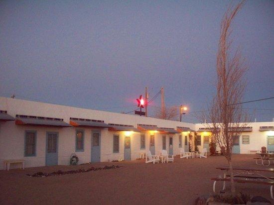 La Paloma Hot Springs & Spa: More courtyard