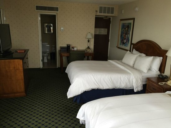 New Orleans Marriott: Guest room