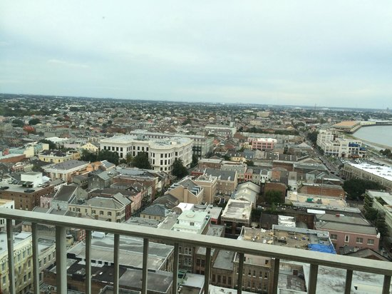 New Orleans Marriott: French Quarter viewed from 23d floor