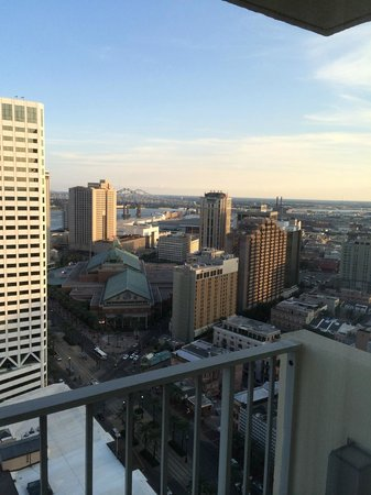 New Orleans Marriott: View from concierge club in Quarter Tower