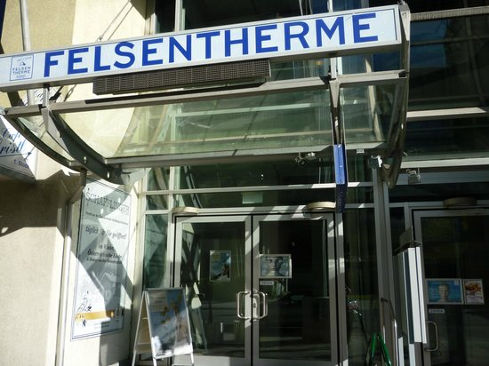 Felsentherme: The entrance to the spa