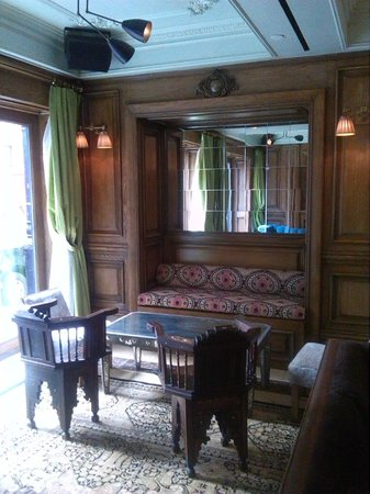 The Marlton Hotel: Sala relax