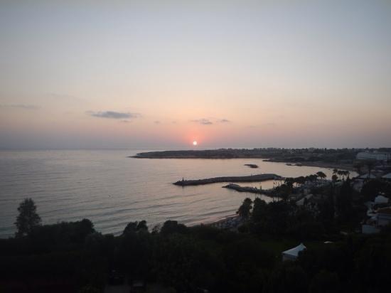 SENTIDO Thalassa Coral Bay: stunning sunset