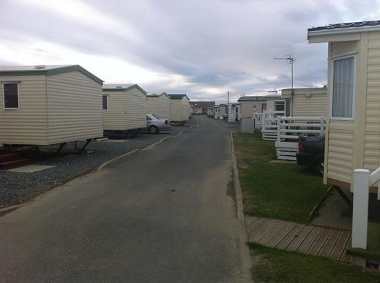 Sunnysands Caravan Park: View towards the club