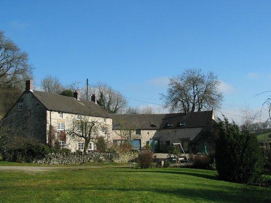 Tom's Barn and Douglas's Barn: Orchard Farm