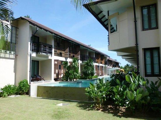 Centra by Centara Coconut Beach Resort Samui : Pool view rooms
