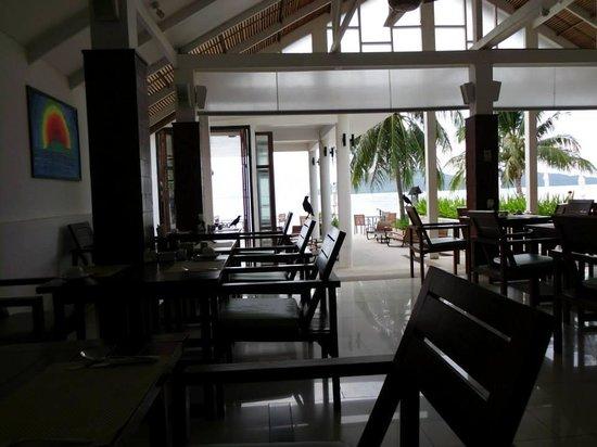 Centra by Centara Coconut Beach Resort Samui : Restaurant