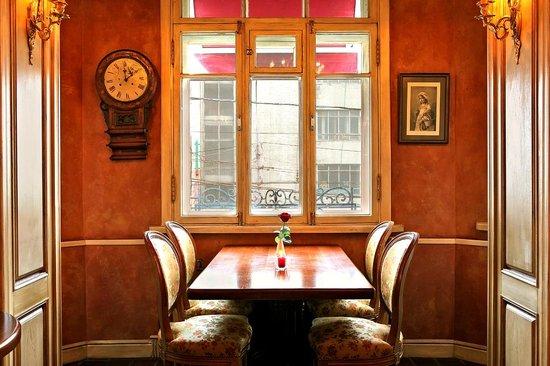 Cafe Michel: Эркер