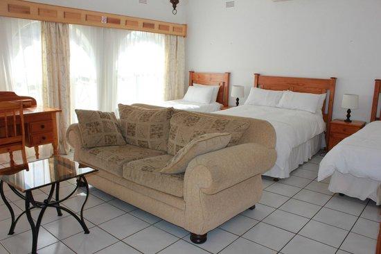 El Palmar Guest House: Family Suite