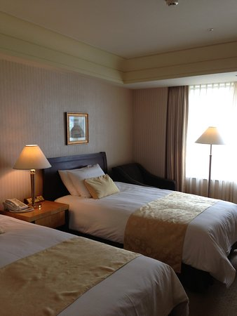 Lotte Hotel World : room