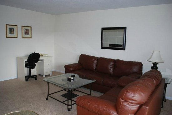 Daleville Inn & Apartments: TDY Suite