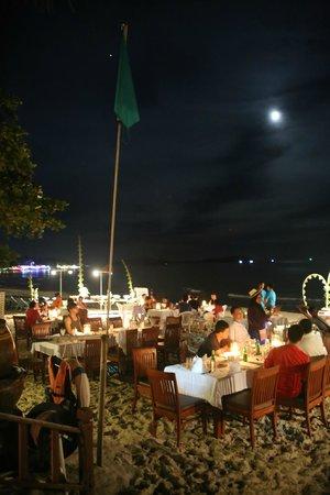 Chaba Samui Resort: private beach for the hotel