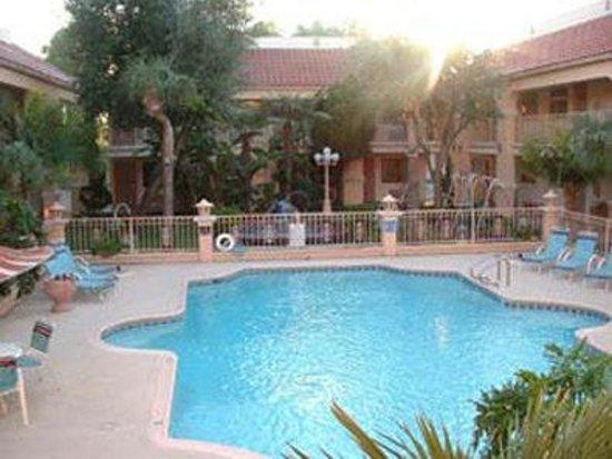 Super 8 Corpus Christi Northwest: Pool