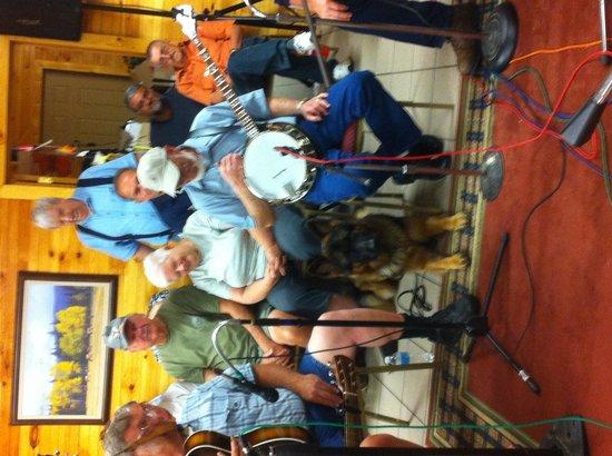Bowling Green KOA : Blue Grass fun
