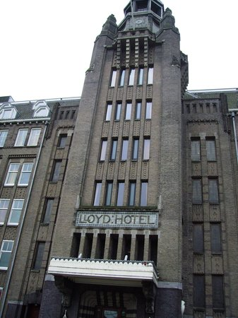 Lloyd Hotel: De entree .