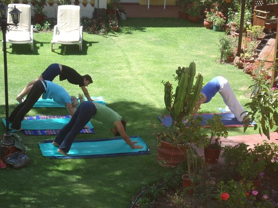 Casa de Avila - For Travellers: Yoga Class for guests