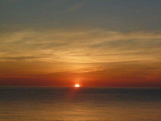 azuLine Hotel Atlantic: Sunrise in Es Cana'r