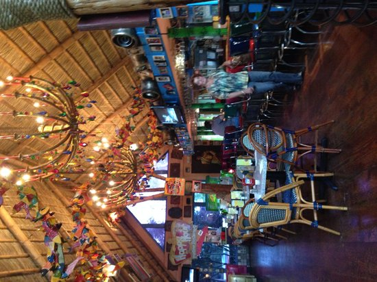 Chuy's : Bar area at midday