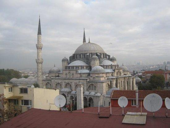 Hotel Tilia: vista moschea dall'albergo