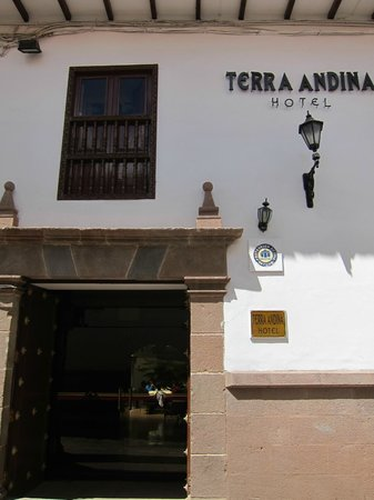 Terra Andina Hotel : From the street