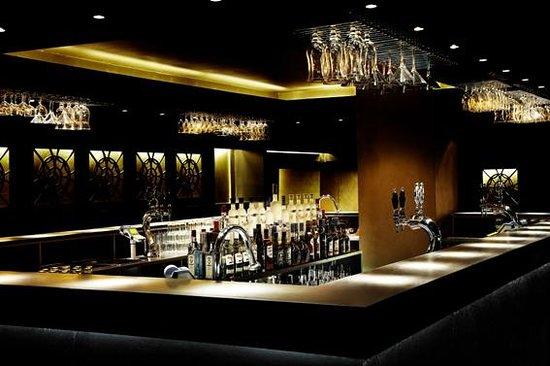 Nord natklub: Bar area