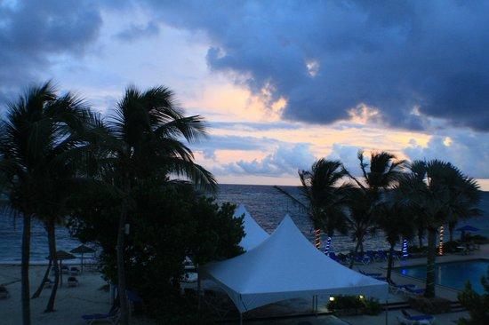 Divi Carina Bay All Inclusive Beach Resort: More sunset, beautiful!