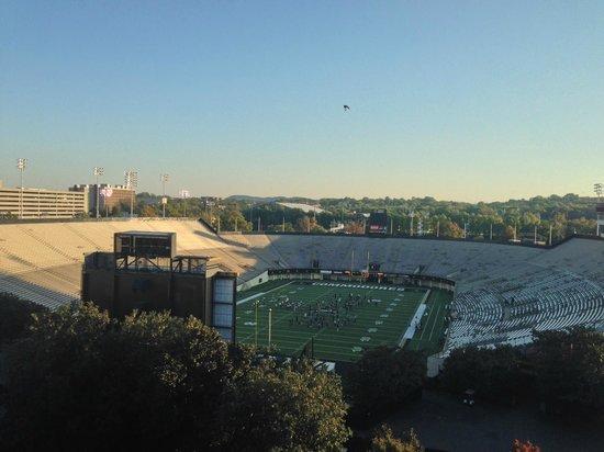 Nashville Marriott at Vanderbilt University: View from 9th Floor Room