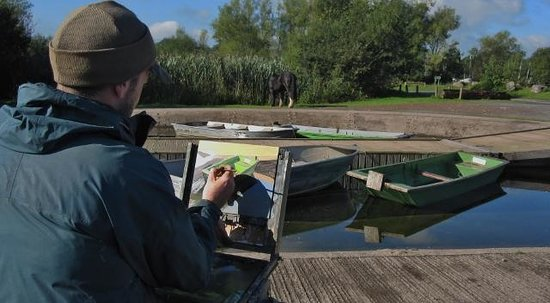 Llangorse Lake: Artist at work!
