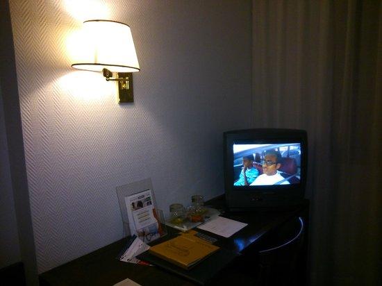 Silken Indautxu Hotel : TV 1